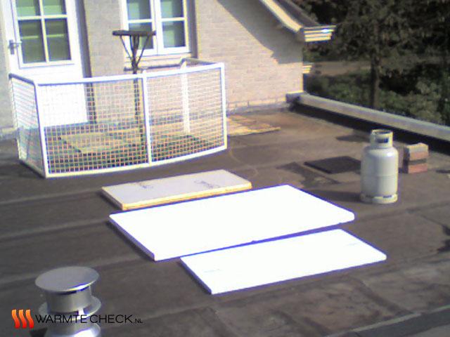 Dak voorbereid op de thermografische inspectie van het omkeerdak